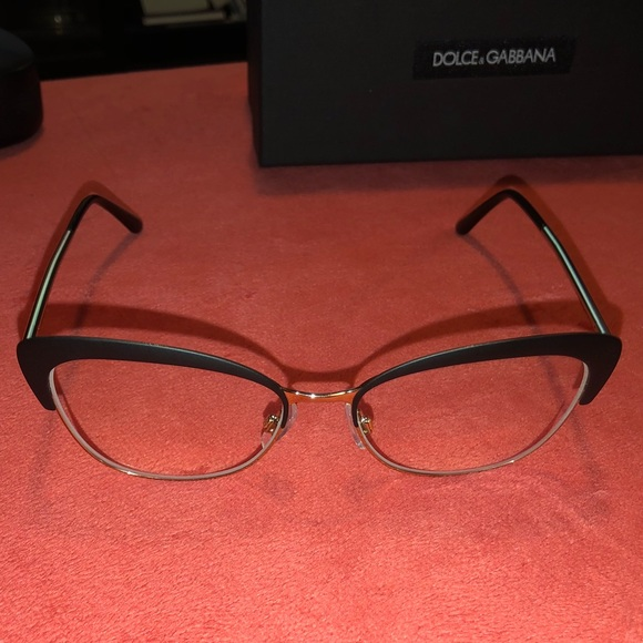 d1feb16f082 DOLCE   GABBANA Eyeglass Frames Cat Eye Black Gold